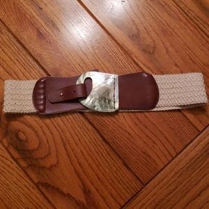 Anthropologie belt